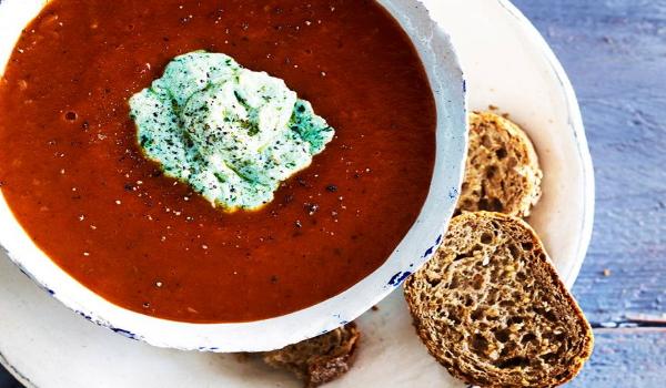 Geroosterde tomaten-pompoensoep